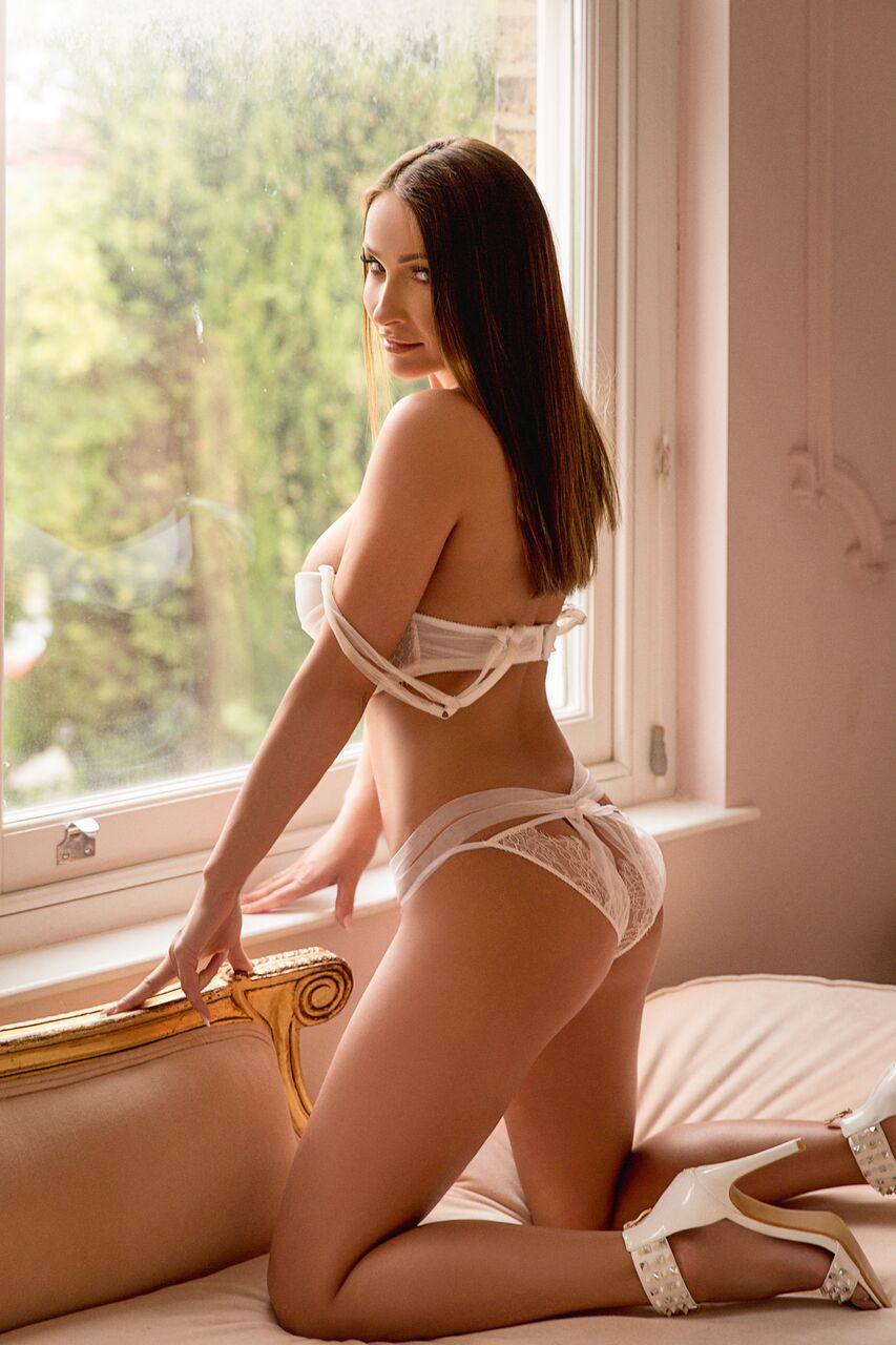 Pure Tantric Massage London