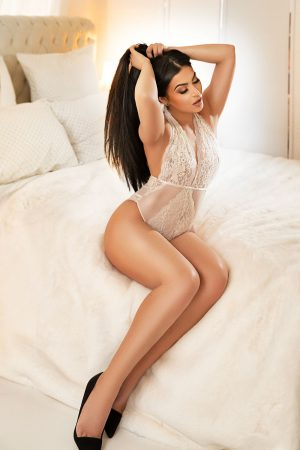 Rachella-Pure Tantric Massage London
